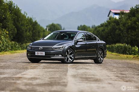 大众迈腾限时优惠享3.3万元 现车销售
