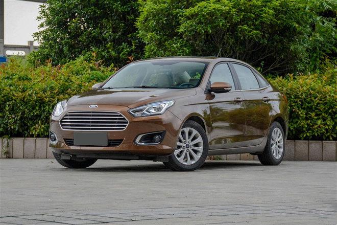 2017款福特福睿斯促销 购车直降1.5万元