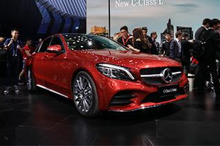 再次提升豪华感 北京车展实拍新款奔驰C级