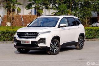 北京奔驰长轴距A级领衔 上周共11款新车正式上市
