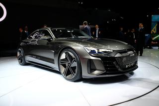 未来感十足!奥迪e-tron GT车展实拍解析